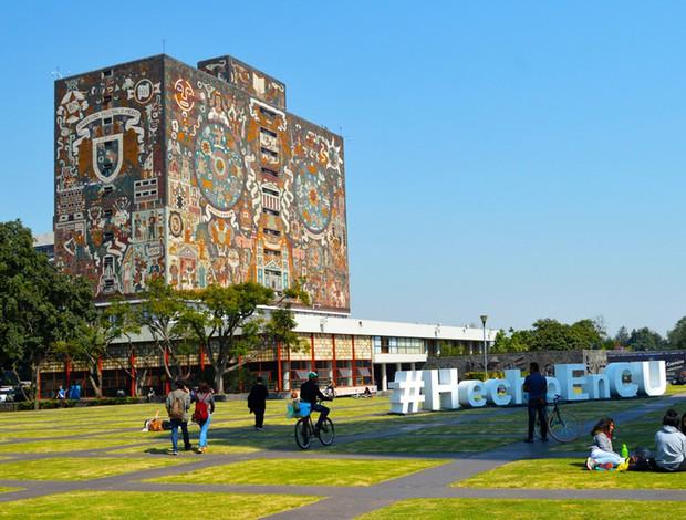 16 trường đại học đẹp nhất thế giới với kiến trúc xinh như cổ tích, sinh viên đi học đứng góc nào cũng có hình sống ảo nghìn like - Ảnh 9.