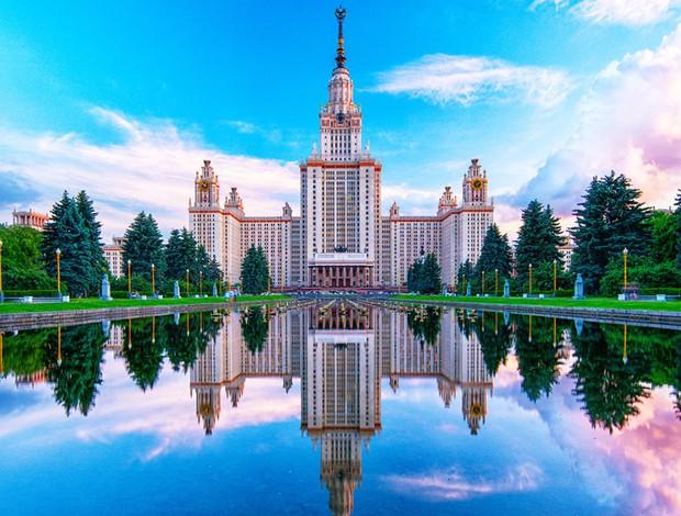 16 trường đại học đẹp nhất thế giới với kiến trúc xinh như cổ tích, sinh viên đi học đứng góc nào cũng có hình sống ảo nghìn like - Ảnh 6.