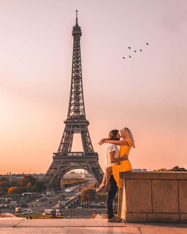 """""""Thót tim"""" trước loạt ảnh du lịch đánh cược cả tính mạng của các cặp travel blogger nổi tiếng: Là sáng tạo hay liều lĩnh? - Ảnh 1."""