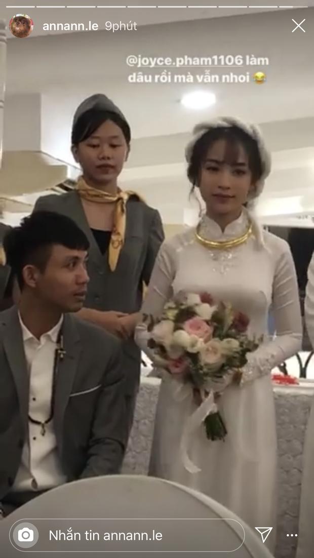 Đại gia Minh Nhựa thể hiện đẳng cấp trong đám cưới con gái: 15 siêu xe gần 100 tỷ hộ tống, ái nữ đeo sính lễ vàng và kim cương mỏi tay - Ảnh 4.