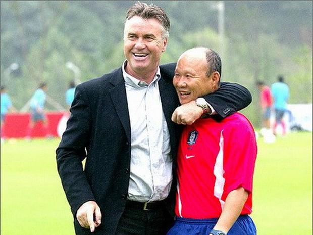HLV Guus Hiddink gửi lời khuyên tới Văn Hậu, ví với huyền thoại Hàn Quốc khi sang Hà Lan - Ảnh 2.