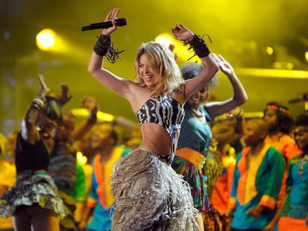 Không phải Taylor Swift hay Rihanna, đây mới chính là cái tên chiếm sóng Super Bowl Halftime Show 2020? - Ảnh 2.