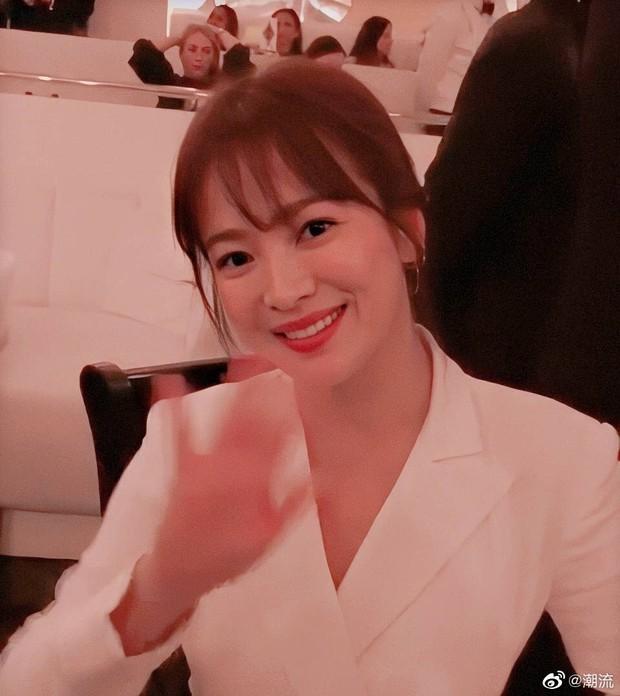 Zoom cận cảnh nhan sắc Song Hye Kyo tại sự kiện: Già nua, lộ dấu hiệu lão hoá và tăng cân? - Ảnh 6.