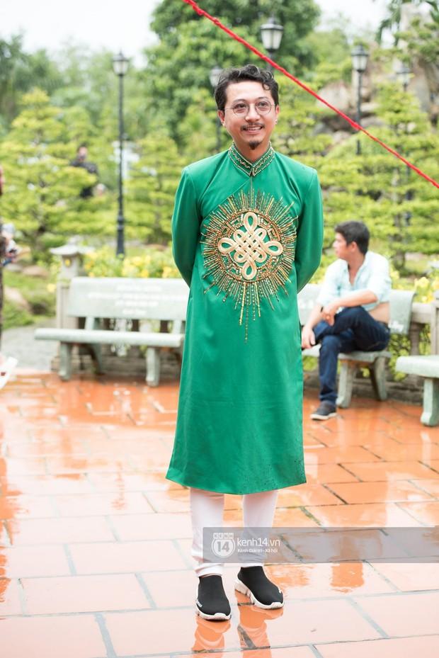 Đào Bá Lộc, Huỳnh Lập cùng dàn nghệ sĩ tề tựu tại nhà thờ của Hoài Linh dự giỗ tổ sân khấu - Ảnh 6.