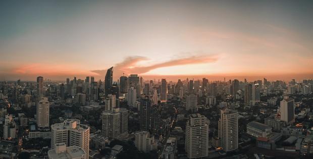 Bất ngờ chưa? Không phải Paris hay Dubai, thành phố đông khách du lịch nhất năm 2019 lại thuộc châu Á, còn ngay gần Việt Nam! - Ảnh 1.