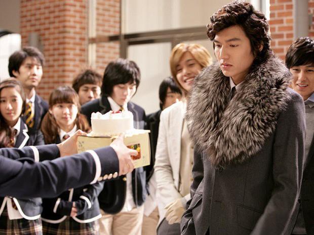 5 tạo hình lạnh lùng đến rợn tóc gáy của mỹ nam xứ Hàn: Lee Min Ho bá đạo không ai làm lại! - Ảnh 8.