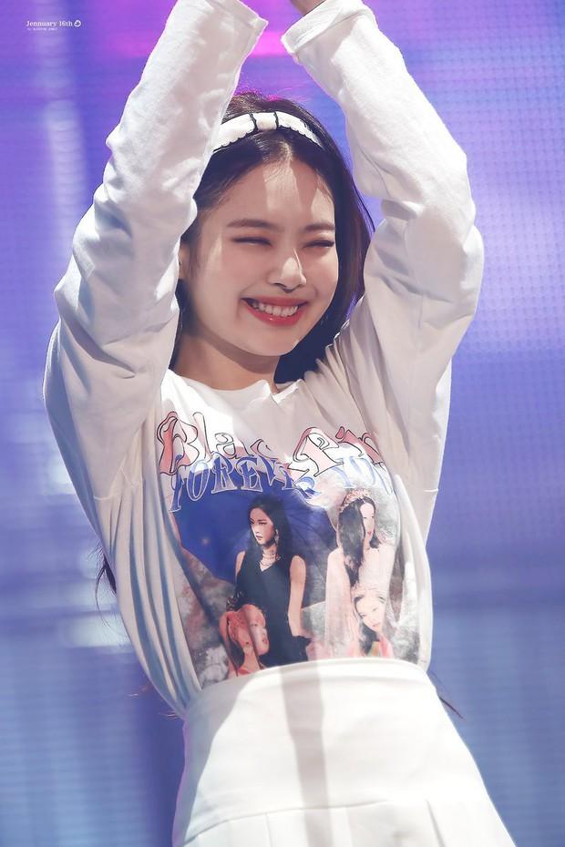 50 idol nữ Kpop được tìm nhiều nhất Youtube nửa đầu 2019: Duy nhất 1 mẩu BLACKPINK tụt khỏi top 10, Taeyeon quá đỉnh - Ảnh 1.