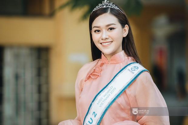 Dàn Hoa hậu Thế giới Việt Nam gây bão khi về lại trường khai giảng: Thùy Linh và Kiều Loan quá xinh, Tường San bất ngờ nhảy cover - Ảnh 9.