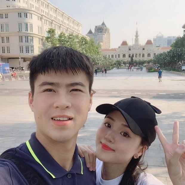 Cầu hôn thành công, Instagram Duy Mạnh liền cập nhật trạng thái đã đính hôn: Từ giờ tui là người có gia đình nha! - Ảnh 1.