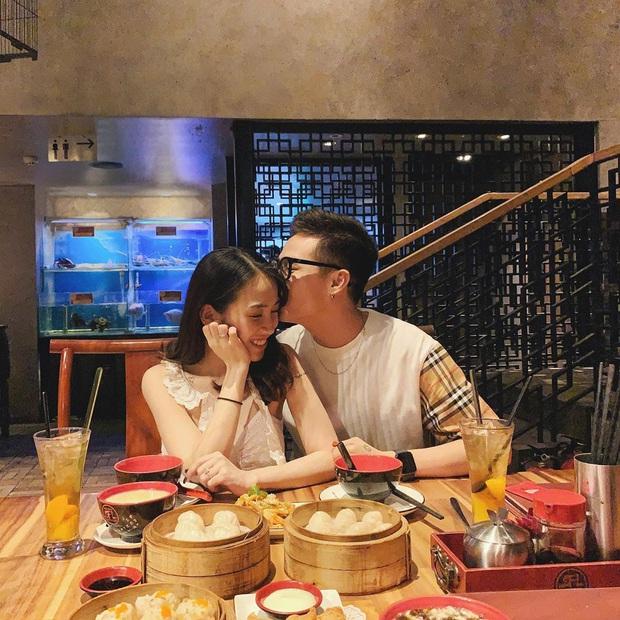 Khoảnh khắc hạnh phúc đầu 2020: Bạn gái Lâm Tây đón giao thừa cùng nhà chồng tương lai, chị em rich kid Tiên Nguyễn đi quẩy tới nóc - Ảnh 4.