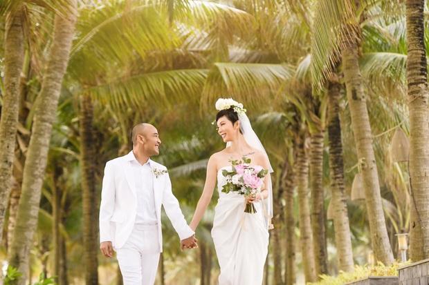 Tin hỉ mở màn Vbiz ngày đầu năm: Siêu mẫu Xuân Lan lên xe hoa ở tuổi 41, hé lộ bộ ảnh cưới lộng lẫy - Ảnh 13.