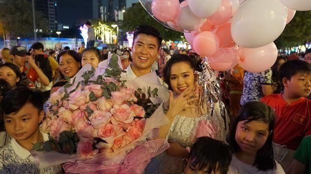 Trước màn cầu hôn lãng mạn, Duy Mạnh và Quỳnh Anh đã có chuyện tình đẹp nhất nhì giới cầu thủ! - Ảnh 17.