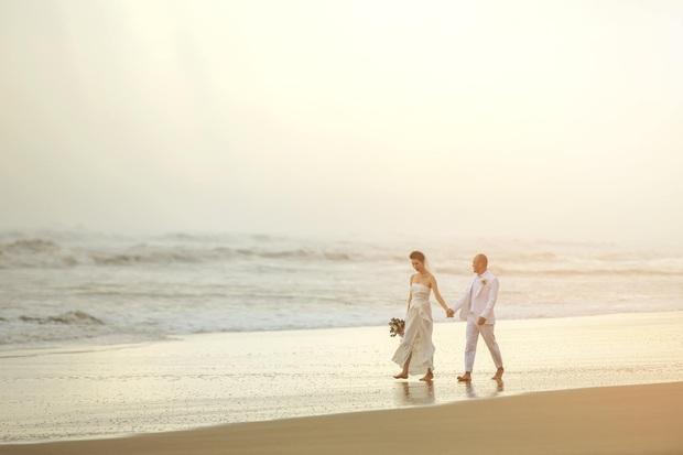 Tin hỉ mở màn Vbiz ngày đầu năm: Siêu mẫu Xuân Lan lên xe hoa ở tuổi 41, hé lộ bộ ảnh cưới lộng lẫy - Ảnh 8.