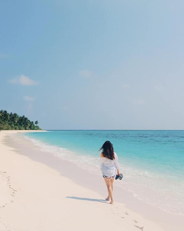 """Muốn biết bàn tay mẹ thiên nhiên kỳ diệu thế nào, cứ nhìn vào 5 hòn đảo """"nằm thẳng tắp thành 1 hàng"""" ở Maldives này sẽ rõ! - Ảnh 2."""
