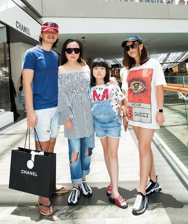 Con gái út của Phượng Chanel: 11 tuổi đã biết dùng đồ hiệu, sớm chứng tỏ gu thời trang sành điệu hơn hẳn bạn bè đồng trang lứa - Ảnh 2.