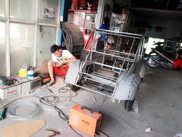 Học sinh lớp 12 ở Nam Định chế tạo xe ô tô điện chạy bằng năng lượng mặt trời, chở được 12 người - Ảnh 3.