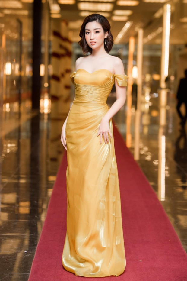 Line-up thảm đỏ WeChoice Awards 2019 khủng nhất Vbiz đầu năm: Từ Hoa hậu đến diễn viên, ca sĩ có tên tuổi đồng loạt đổ bộ! - Ảnh 26.