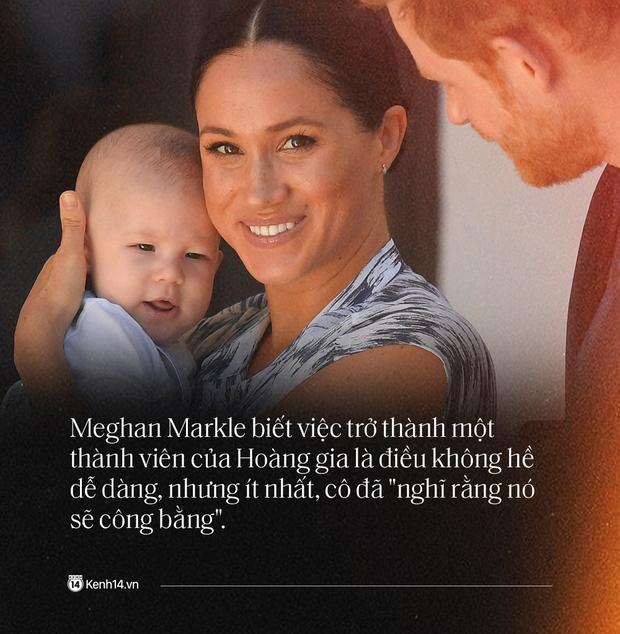 Hoàng tử Harry và Meghan Markle: Chuyện nàng Lọ Lem bước chân vào Hoàng tộc tạo nên bao sóng gió rồi dắt tay Hoàng tử rời bỏ lâu đài - Ảnh 3.