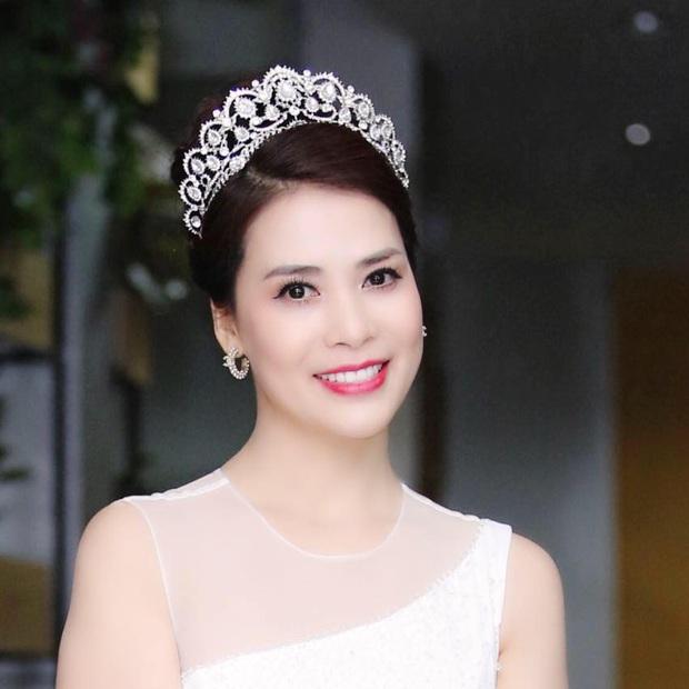 Bạn gái mới kém 17 tuổi sau cuộc hôn nhân 30 năm của Chí Trung: Là á hậu doanh nhân, sắc vóc không phải dạng vừa! - Ảnh 3.