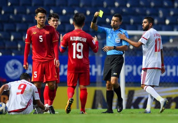Tuyển thủ U23 Việt Nam hành động thiếu kiềm chế với trọng tài chính ở VCK U23 châu Á 2020 - Ảnh 3.