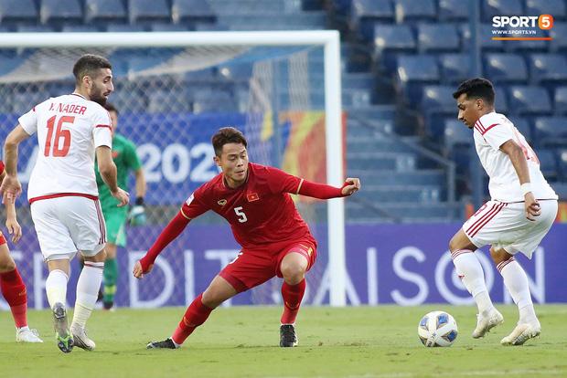Tuyển thủ U23 Việt Nam hành động thiếu kiềm chế với trọng tài chính ở VCK U23 châu Á 2020 - Ảnh 5.