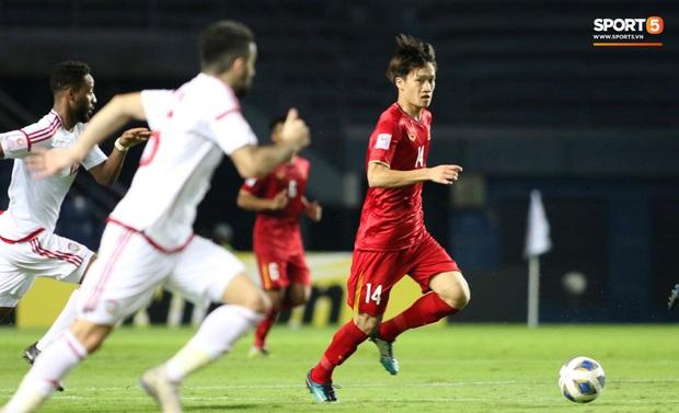 Tuyển thủ U23 Việt Nam hành động thiếu kiềm chế với trọng tài chính ở VCK U23 châu Á 2020 - Ảnh 6.