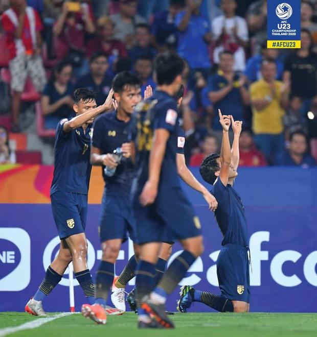 Đội nhà để đối phương lội ngược dòng, fan Thái Lan gáy giòn: Đá thế là hay rồi, Việt Nam gặp Australia sẽ thua 10 bàn! - Ảnh 5.