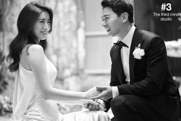 Động thái cực căng của vợ học vấn khủng sau khi tài tử Hoàng hậu Ki lộ loạt tin nhắn môi giới gái cho Jang Dong Gun - Ảnh 3.