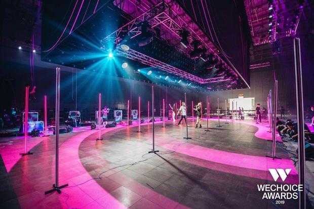 Hé lộ các màn trình diễn tại WeChoice trước giờ G: Diễn viên múa bật khóc nức nở, dàn rapper cực sung với sân khấu visual căng đét - Ảnh 4.