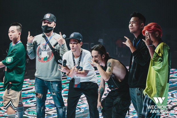 Hé lộ các màn trình diễn tại WeChoice trước giờ G: Diễn viên múa bật khóc nức nở, dàn rapper cực sung với sân khấu visual căng đét - Ảnh 13.