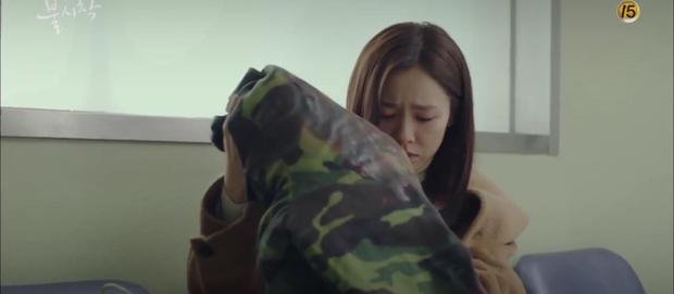 Tập 7 Crash Landing On You trả đủ cảnh hôn lẫn giường chiếu của Hyun Bin và Son Ye Jin bù đắp một tuần fan mòn mỏi đợi chờ đôi trẻ! - Ảnh 4.