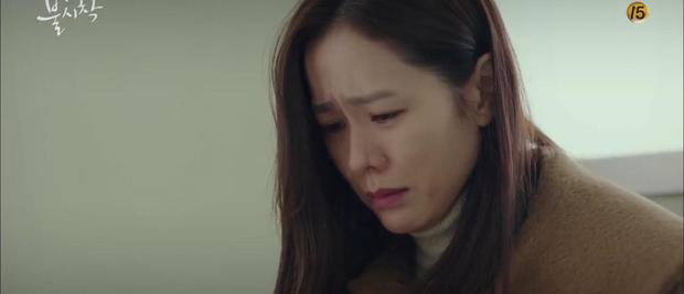 Tập 7 Crash Landing On You trả đủ cảnh hôn lẫn giường chiếu của Hyun Bin và Son Ye Jin bù đắp một tuần fan mòn mỏi đợi chờ đôi trẻ! - Ảnh 6.