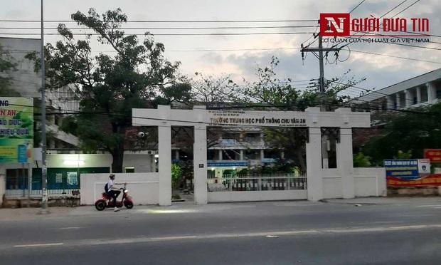 Ninh Thuận: Một người phụ nữ nhảy lầu tự tử trong trường học - Ảnh 1.