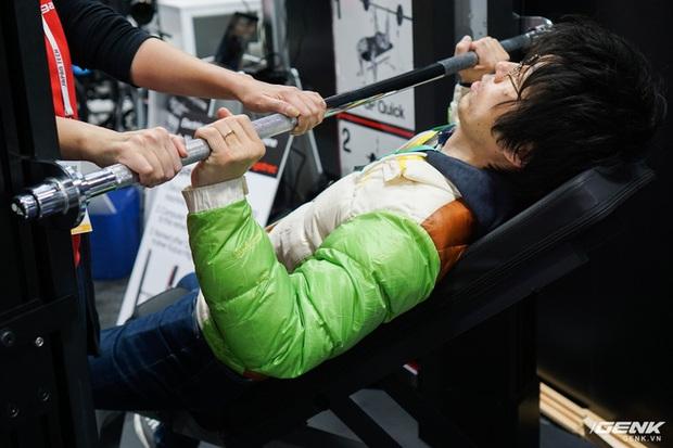 Máy tập gym lạ lùng nhất từ trước đến nay: Không cần lắp tạ, tự đo dáng người tập, kết nối Internet vạn vật - Ảnh 8.
