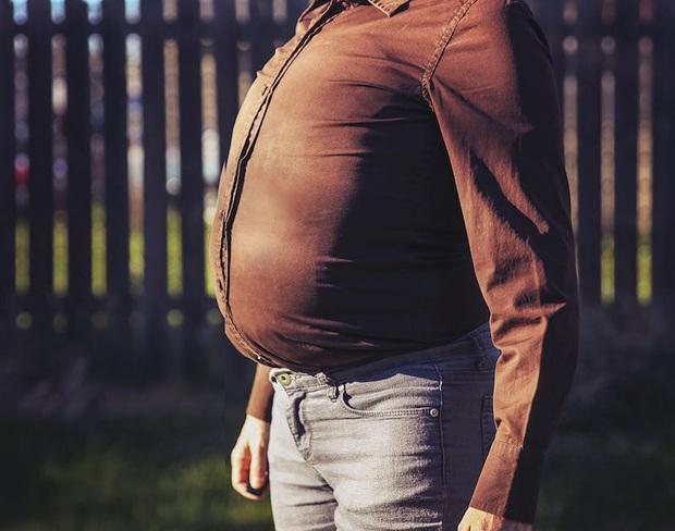 Làm thế nào để biết cơ thể nam giới đang thiếu hormone testosterone và có cách gì để tăng tiết loại hormone này? - Ảnh 1.