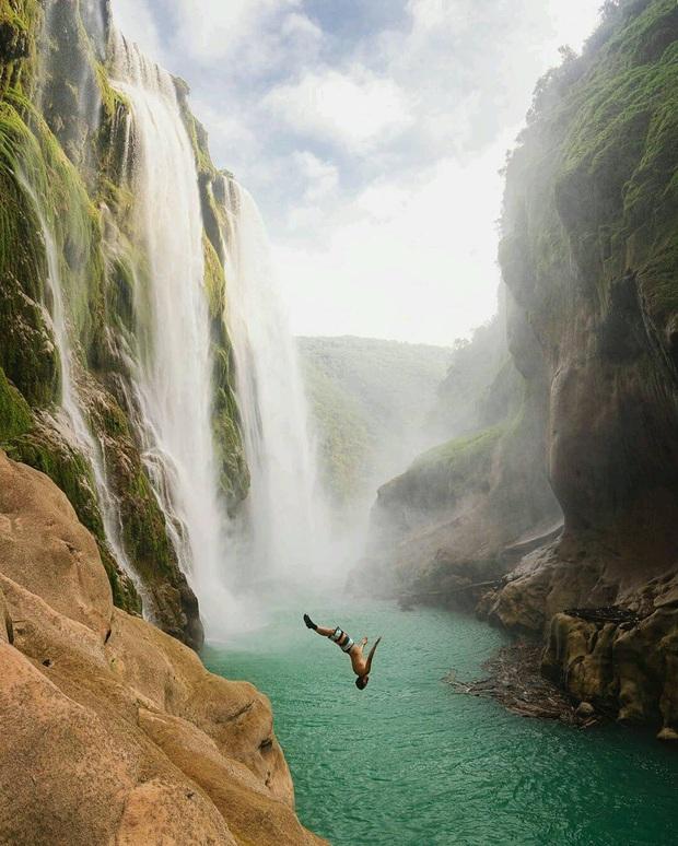 Clip về vẻ đẹp đáng kinh ngạc của hố bơi tự nhiên bên thác nước tại Mexico thu về triệu view, tín đồ du lịch lại có thêm một điểm đến mới để note vào wishlist của mình - Ảnh 4.