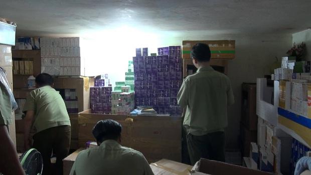 Phát hiện lô hàng thuốc tân dược nghi nhập lậu cực khủng trị giá 3 tỷ đồng ở Sài Gòn - Ảnh 6.