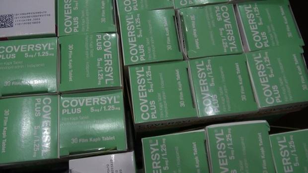 Phát hiện lô hàng thuốc tân dược nghi nhập lậu cực khủng trị giá 3 tỷ đồng ở Sài Gòn - Ảnh 2.