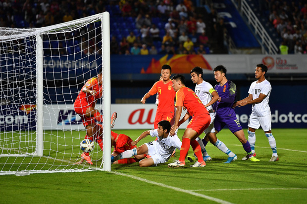 Cú sốc: Trung Quốc, Nhật Bản trở thành 2 đội đầu tiên bị loại ở vòng bảng U23 châu Á 2020 sau những thất bại ê chề - Ảnh 1.