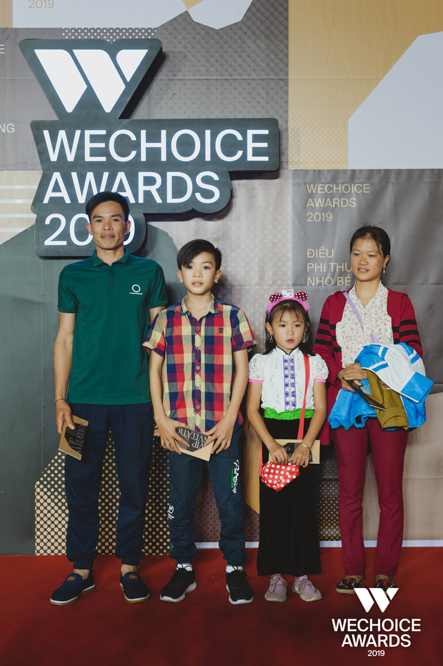 Những nhân vật truyền cảm hứng xuất hiện đầy xúc động cùng người thân tại Gala WeChoice Awards 2019 - Ảnh 9.