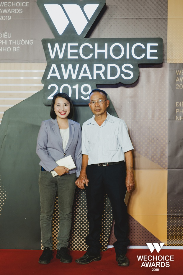 Những nhân vật truyền cảm hứng xuất hiện đầy xúc động cùng người thân tại Gala WeChoice Awards 2019 - Ảnh 12.