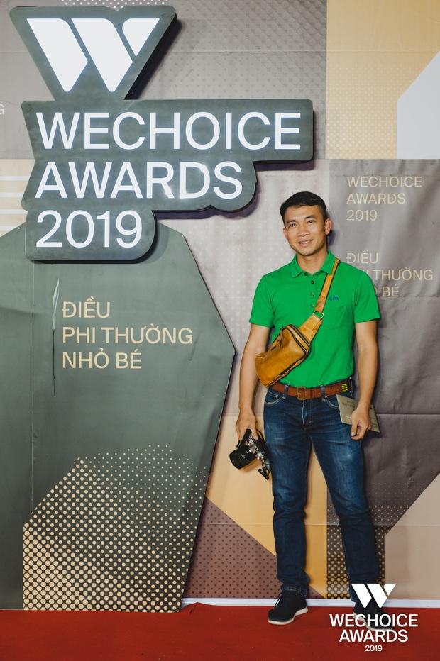 Những nhân vật truyền cảm hứng xuất hiện đầy xúc động cùng người thân tại Gala WeChoice Awards 2019 - Ảnh 2.