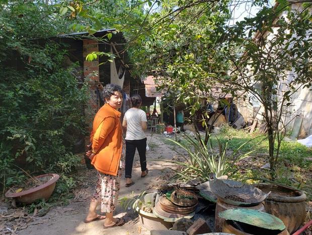 Vụ 9 bộ hài cốt ở Tây Ninh: Người chồng từng làm nghề bốc mộ, người vợ trách cháu sao phát hiện sọ người mà không báo với mình - Ảnh 1.