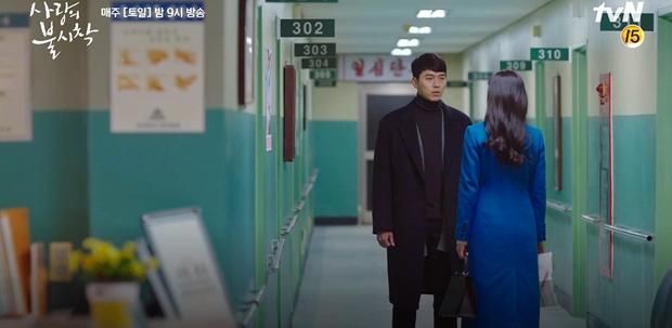 Vừa nói lời yêu với Hyun Bin, Son Ye Jin đã bị kẻ bắt cóc nổ súng dằn mặt trong tập 8 Crash Landing On You? - Ảnh 5.