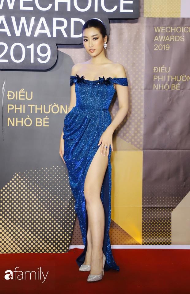 Không hẹn mà gặp, cả dàn Bông hậu đụng độ gam màu xanh hot trend ngay trên thảm đỏ WeChoice Awards 2019 - Ảnh 1.