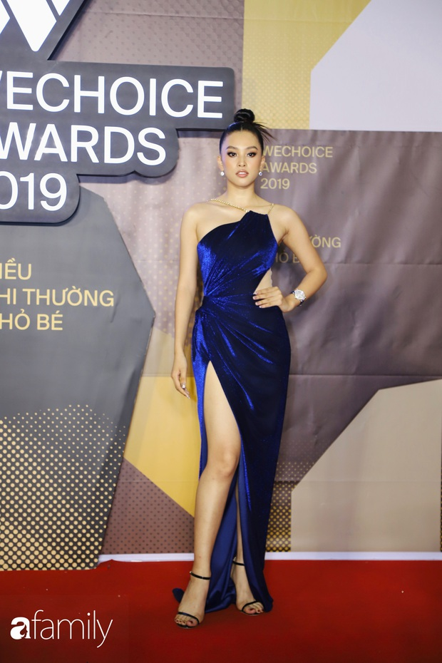 Không hẹn mà gặp, cả dàn Bông hậu đụng độ gam màu xanh hot trend ngay trên thảm đỏ WeChoice Awards 2019 - Ảnh 3.
