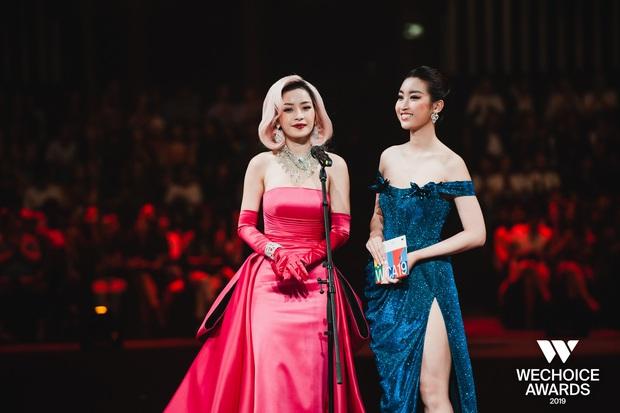 Khoảnh khắc cực phẩm tại WeChoice Awards: Chi Pu - Đỗ Mỹ Linh chung khung hình, cạnh tranh sắc vóc một chín một mười - Ảnh 3.
