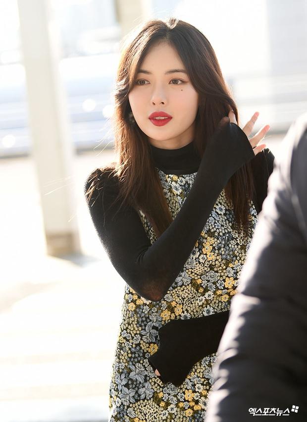 Dàn mỹ nhân Hàn đại chiến visual ở sân bay: Lisa - Rosé (BLACKPINK) xinh muốn ngất, Hani lép vế trước Hyuna và Hyomin - Ảnh 24.