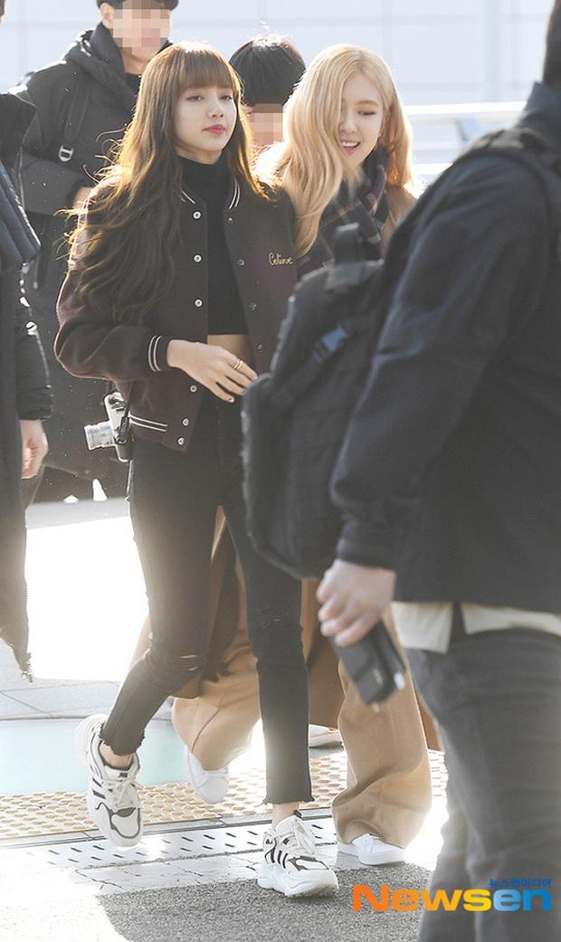 Dàn mỹ nhân Hàn đại chiến visual ở sân bay: Lisa - Rosé (BLACKPINK) xinh muốn ngất, Hani lép vế trước Hyuna và Hyomin - Ảnh 2.