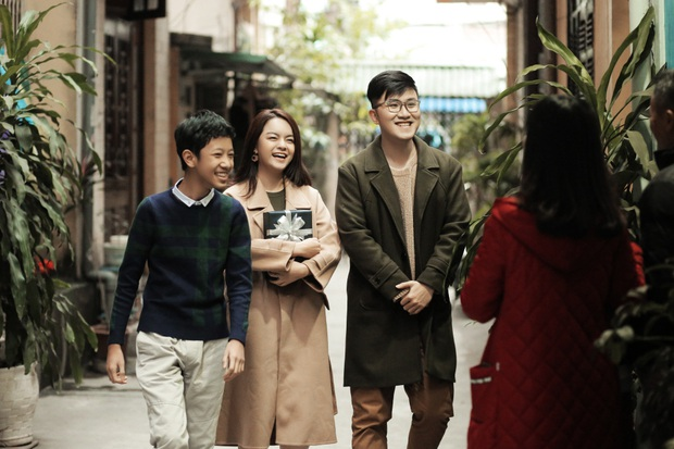 Phạm Quỳnh Anh lặn lội khắp 2 miền Nam Bắc để quay MV Tết, lần đầu mang bé Tuệ Lâm cùng chung vui với dàn thí sinh The Voice Kids! - Ảnh 7.